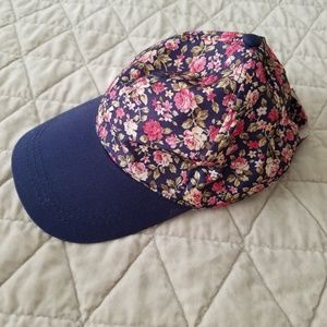 ☀️5 for $20- Chatties Floral Cap